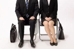 就職活動、就活、リクルートスーツ
