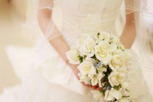 ウエディングドレス、結婚式、パーティー、花束