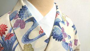 着物の衿、半襟、きもの、首元、デコルテ
