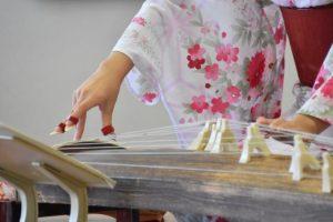 お琴、琴、楽器、着物、演奏、音楽、